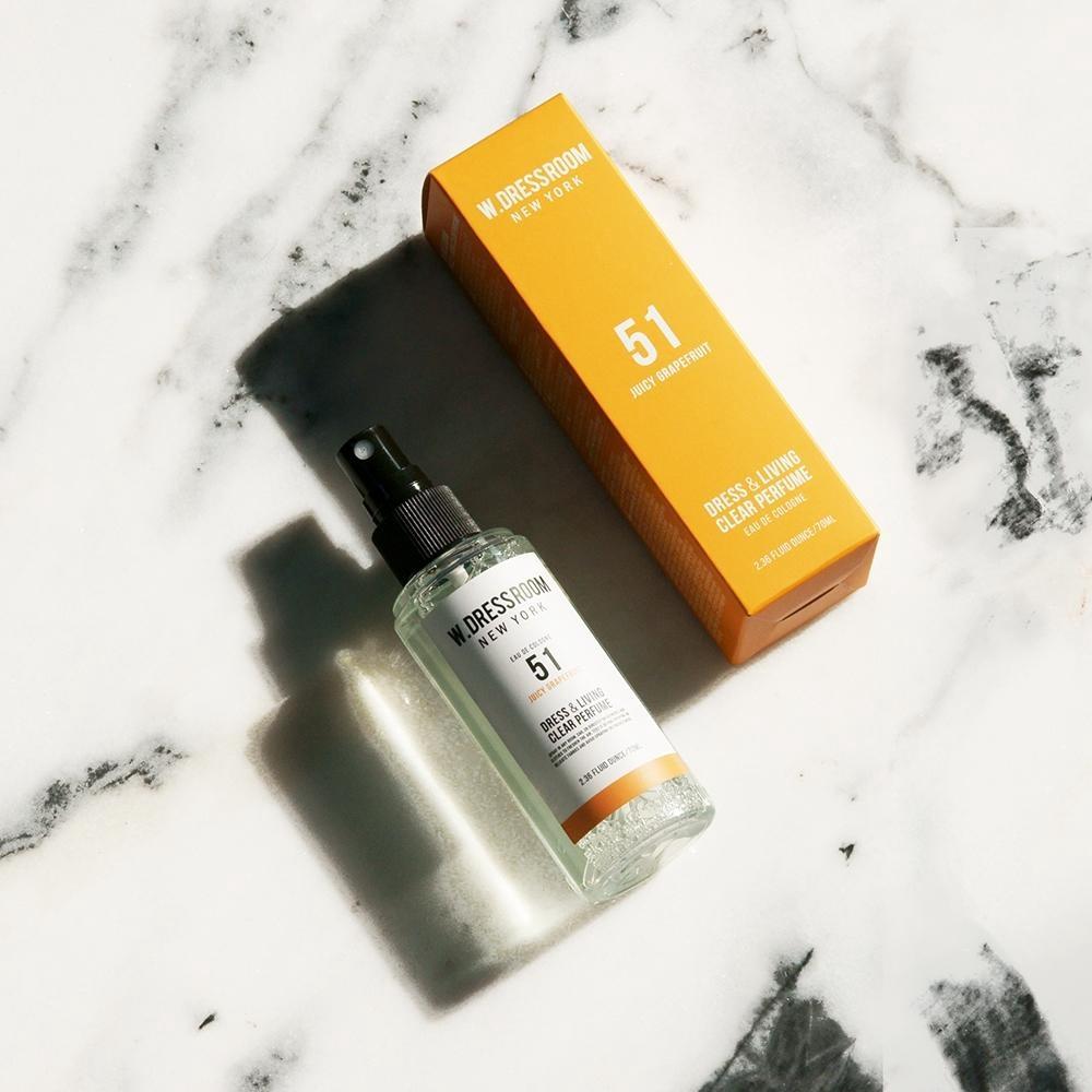 Парфюмированная вода для одежды и белья с ароматом грейпфрута W. Dressroom Dress & Living Clear Perfume No.51 Juicy Grapefruit 70ml 2 - Фото 2