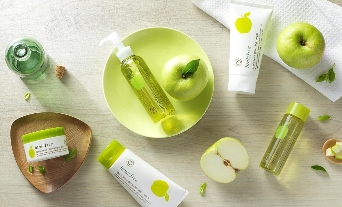 Освежающая пенка для умывания с экстрактом зеленого яблока Innisfree Apple Seed Cleansing Foam 150ml 1 - Фото 2