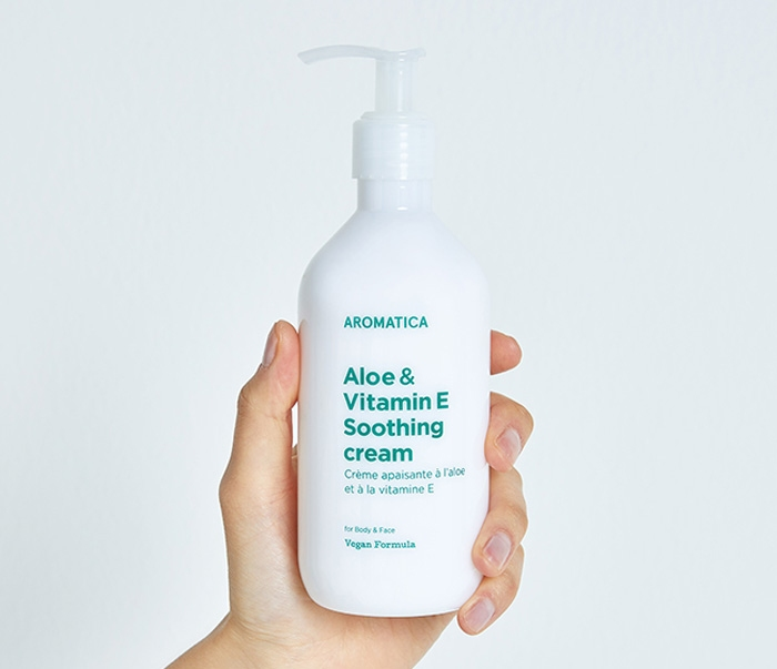 Успокаивающий крем для чувствительной кожи тела Aromatica Aloe & Vitamin E Soothing  Cream 300ml 2 - Фото 3