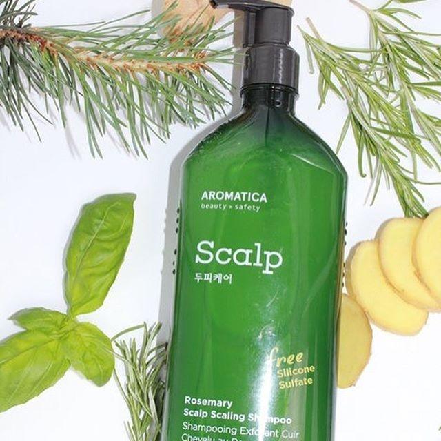 Укрепляющий шампунь с розмарином AROMATICA Rosemary Scalp Scaling Shampoo