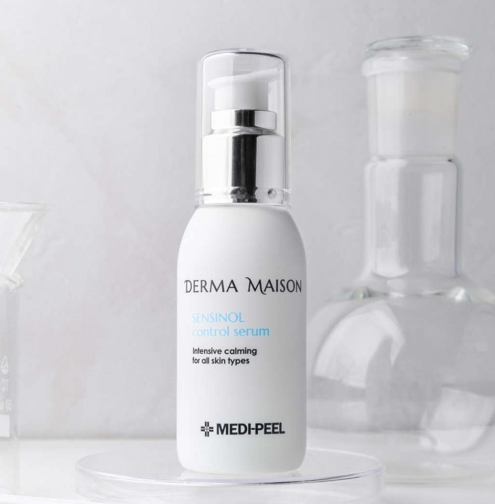 Успокаивающая сыворотка с азуленом и гиалуроновой кислотой Medi-Peel Derma Maison Sensinol Control Serum 50ml