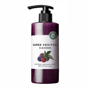 Детокс-гель для умывания омолаживающий с экстрактом ягод Wonder Bath Super Vegitoks Cleanser Purple 200ml
