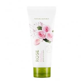 Увлажняющая пенка для умывания с маслом дамасской розы Nature Republic Real Nature Foam Cleanser #Rose 150ml