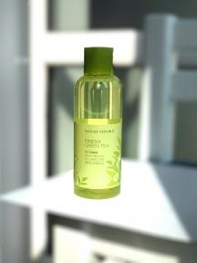 Тонер с экстрактом зеленого чая Nature Republic Fresh Green Tea 70% Toner 180ml